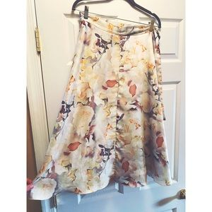 Anthropology floral print skirt 💐